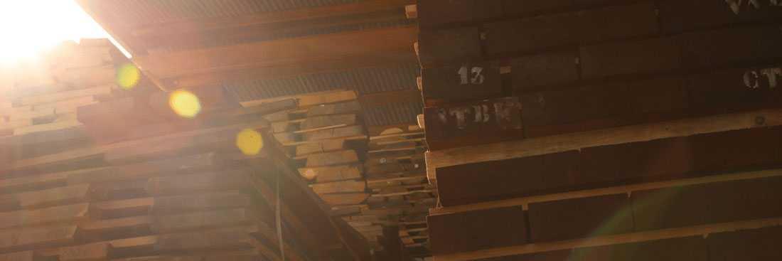 tablones de madera almacén de maderas valencia - wooden planks spain lumberyard - planches de bois scierie espagnol - pranchas de madeira madeireira espanhola