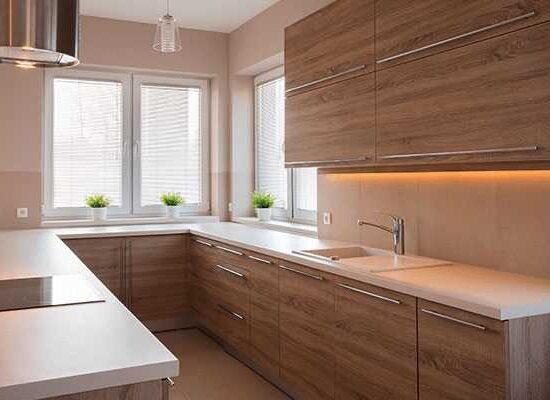 Cocinas de madera modernas con diseños acogedores - Majofesa Maderas