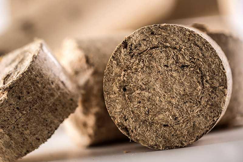 Briquetas de madera para la chimenea