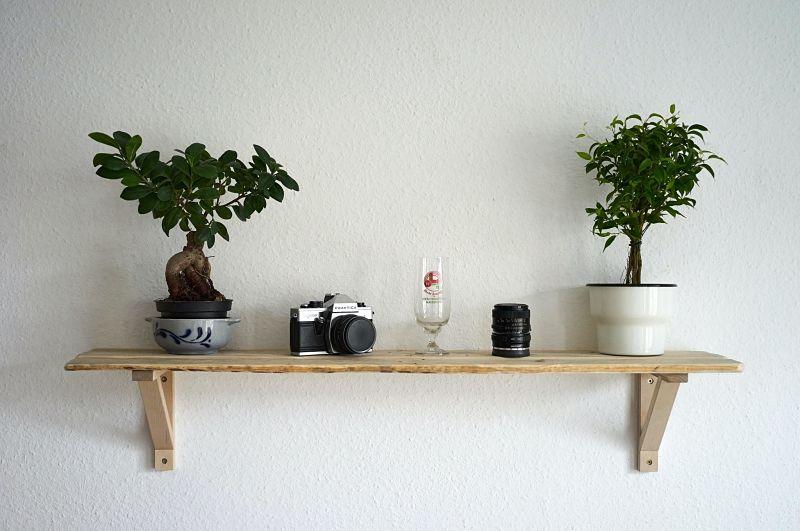 estantes de madera